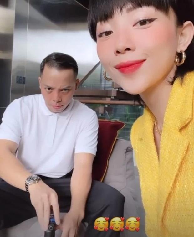 Ai như Tóc Tiên - Hoàng Touliver ngày Valentine: Vợ ở nhà nấu ăn chờ hội bạn, chồng đánh lẻ hẹn hò cùng Binz - Ảnh 5.
