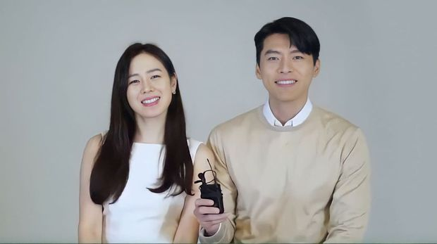 Đúng ngày Valentine, Hyun Bin - Son Ye Jin tung video phát đường: Chị đẹp công khai trả lời Em đồng ý khiến dân tình phát sốt - Ảnh 15.