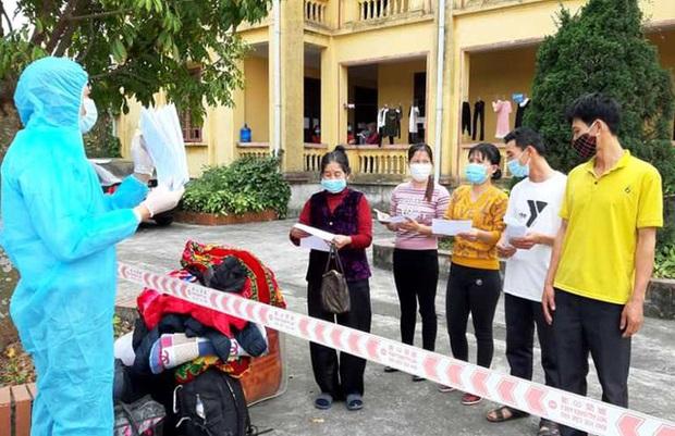 KHẨN: Những ai tiếp xúc với 11 công dân và lái xe ô tô huyện Ninh Giang khẩn trương khai báo y tế - Ảnh 2.