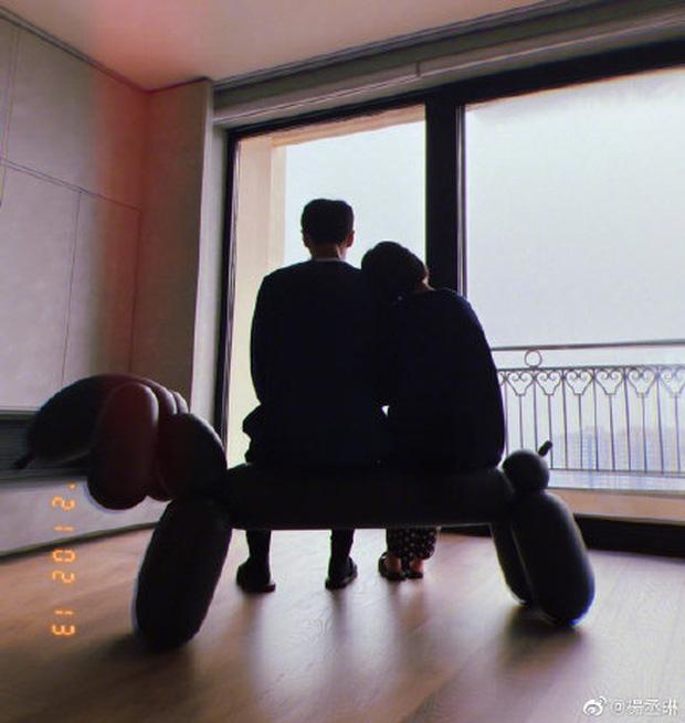 Cbiz nhộn nhịp đón Valentine: Dương Thừa Lâm phát cẩu lương, Angela Baby đáng ngờ, 1 cặp tuyên bố chia tay - Ảnh 3.
