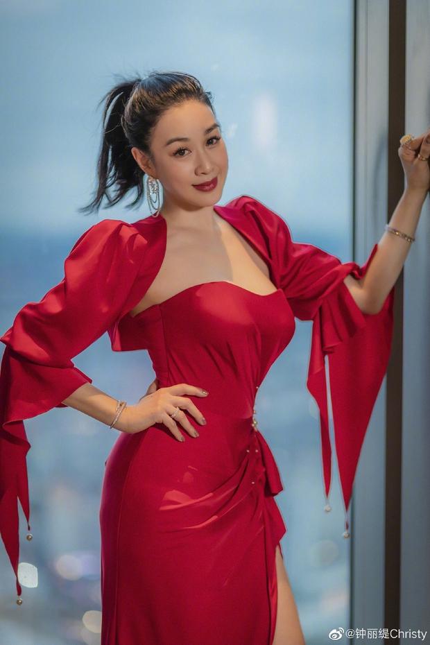 Cbiz nhộn nhịp đón Valentine: Dương Thừa Lâm phát cẩu lương, Angela Baby đáng ngờ, 1 cặp tuyên bố chia tay - Ảnh 16.