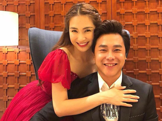 HOT: Đúng Valentine, bạn trai Hoà Minzy lần đầu công khai hình ảnh con trai đầu lòng, khoảnh khắc 2 mẹ con gây bão - Ảnh 3.