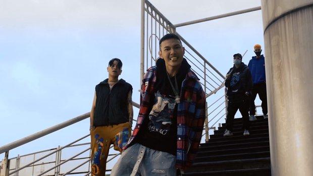 Reaction MV có lyrics nhạy cảm, ViruSs lo lắng Tage bị hãm hại vì xuất hiện hình ảnh trẻ em - Ảnh 1.