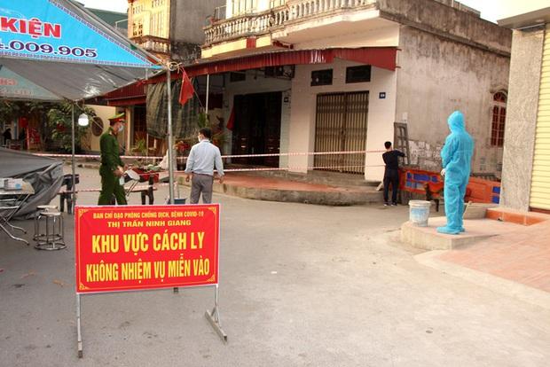 KHẨN: Những ai tiếp xúc với 11 công dân và lái xe ô tô huyện Ninh Giang khẩn trương khai báo y tế - Ảnh 3.