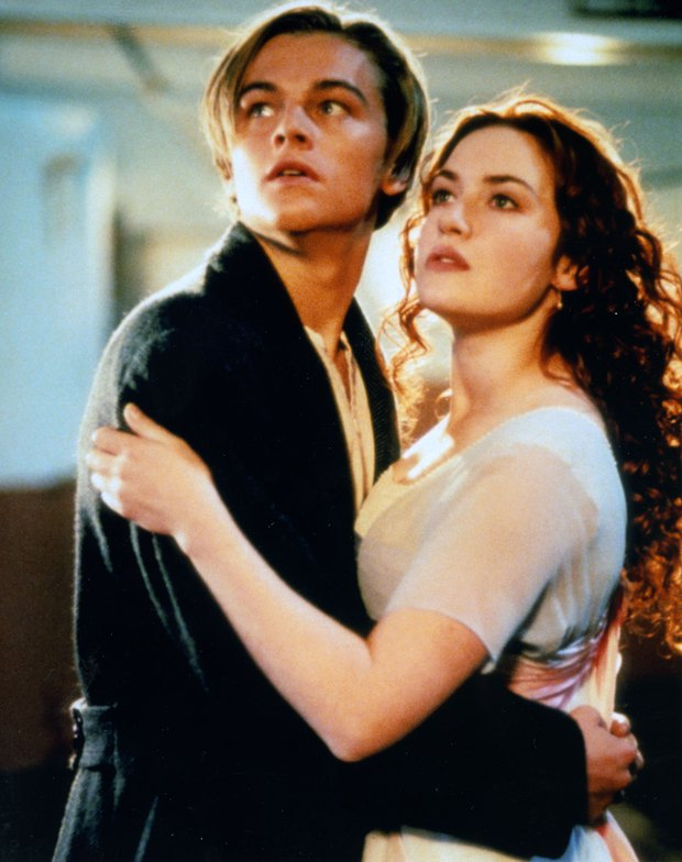 6 chuyện tình màn ảnh khiến ai nấy khóc trôi makeup: Titanic xem cả trăm lần vẫn thổn thức khôn nguôi! - Ảnh 4.