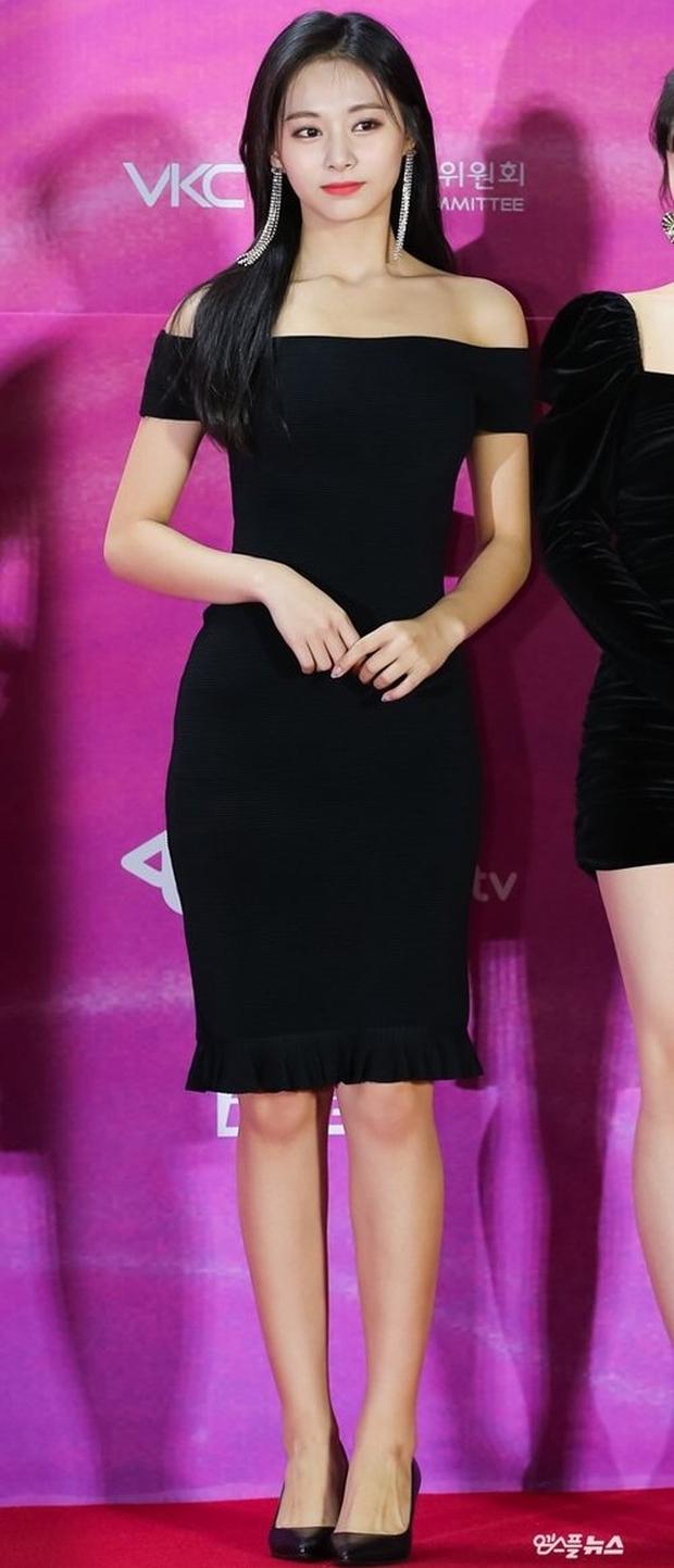 Tranh cãi top 4 nữ idol body tỷ lệ đẹp nhất Kpop: Lisa và center Gen Z chuẩn thánh body, Tzuyu và aespa quá khó hiểu - Ảnh 22.