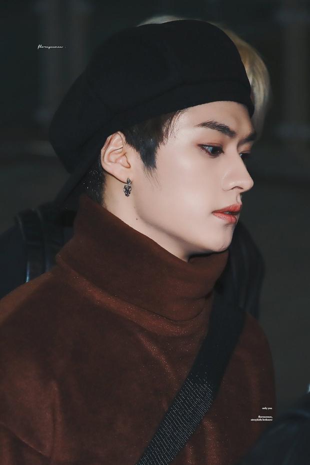 Top idol có sống mũi chơi cầu trượt đẹp nhất Kpop: V (BTS) được so với đồ họa, Sana và thành viên hụt BLACKPINK ai đỉnh hơn? - Ảnh 20.