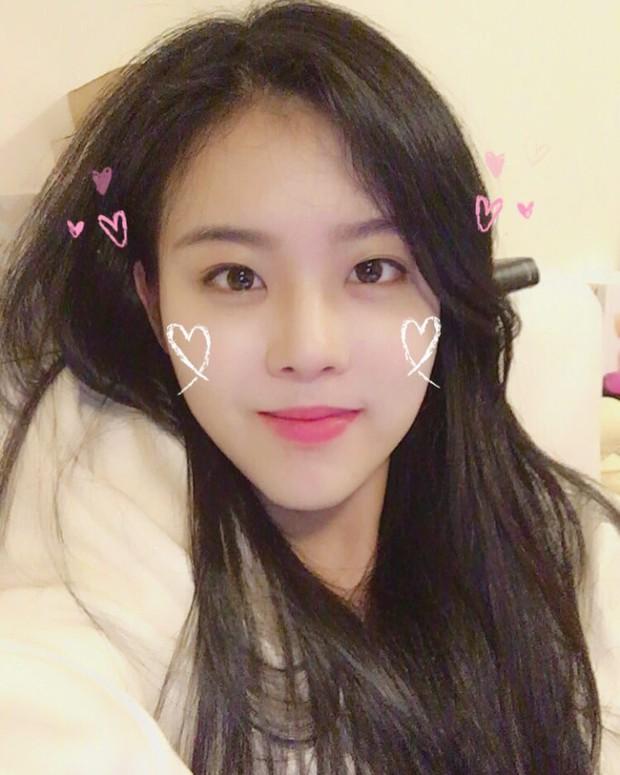Hội nữ idol có chị em gái xinh như mộng: Chị Jisoo - Rosé (BLACKPINK) không kém minh tinh, em gái nữ thần lai YG gây bão - Ảnh 7.