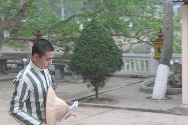 """""""Bồ câu đưa thư"""" cho cha - con Lê Văn Luyện ở trong trại giam  - Ảnh 3."""