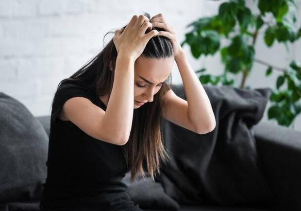 Cơ thể có 4 loại bất thường chứng tỏ estrogen đang không đủ, ăn thêm 4 thứ để dưỡng da, giảm nếp nhăn - Ảnh 2.