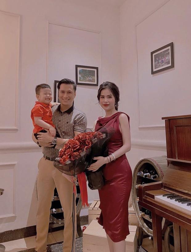 Việt Anh đăng ảnh đưa con trai đi chơi, vợ cũ liền vào nhắc nhở một câu ẩn ý đậm chất 18+? - Ảnh 4.