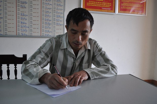 """""""Bồ câu đưa thư"""" cho cha - con Lê Văn Luyện ở trong trại giam  - Ảnh 5."""