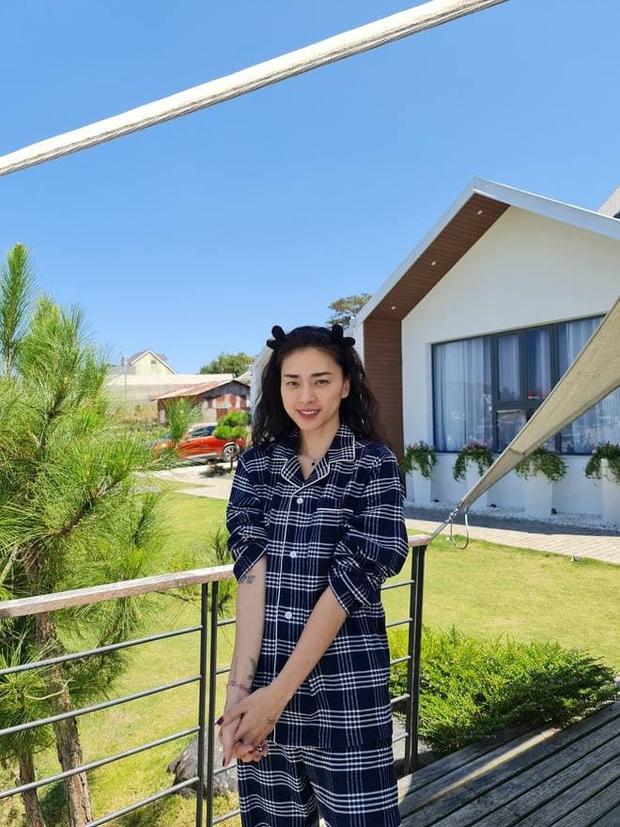 """Ngô Thanh Vân - Huy Trần mặc đồ ngủ đôi, vừa lộ chuyện hẹn hò đã """"khẳng định chủ quyền"""" ngay và luôn - Ảnh 3."""