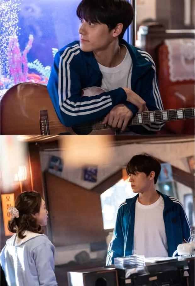 Không tán được IU, Lee Do Hyun theo chân tình địch Yeo Jin Goo sang phim mới làm nghi phạm giết người - Ảnh 2.
