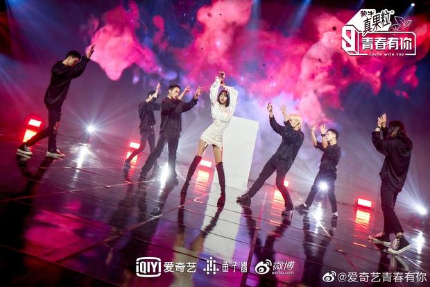 Nữ idol quốc tế nhất Kpop: Người Thái thành idol Hàn, làm host show thực tế Trung, giờ làm giám khảo giải thưởng thời trang của Pháp - Ảnh 8.