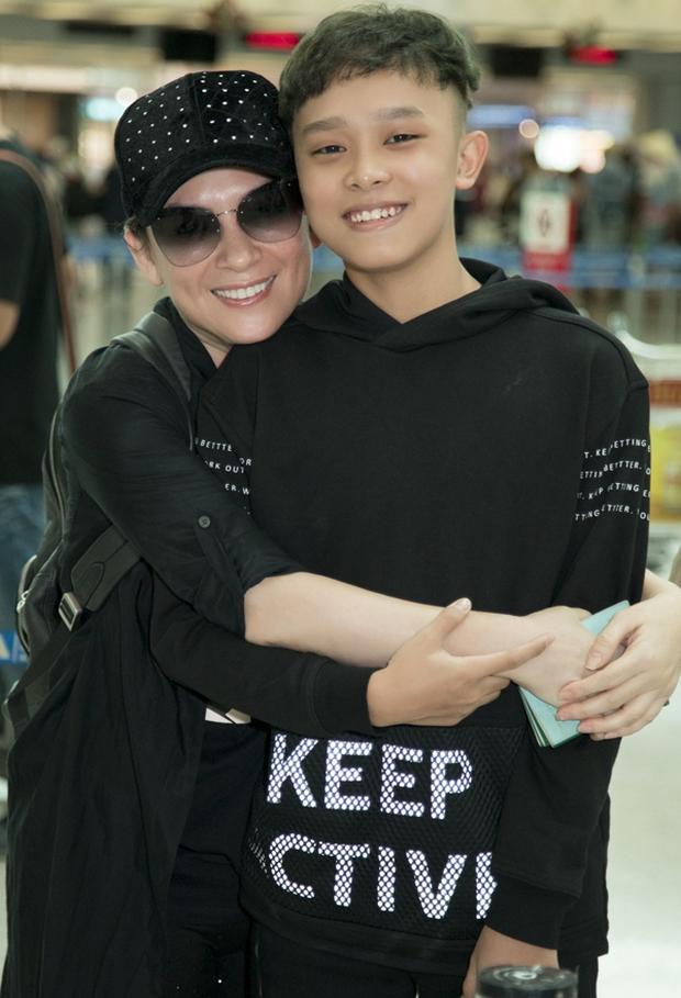 Quán quân Vietnam Idol Kids Hồ Văn Cường thay đổi bất ngờ sau khi bị mẹ nuôi Phi Nhung tố thái độ ngày Tết - Ảnh 7.