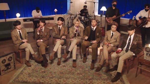 """BTS khoe visual điển trai chớp nhoáng trong trailer show của MTV, Knet """"thở phào"""" vì stylist đã bớt cẩu thả, cho nhóm mặc đồ đúng size! - Ảnh 7."""