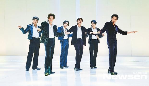 """BTS khoe visual điển trai chớp nhoáng trong trailer show của MTV, Knet """"thở phào"""" vì stylist đã bớt cẩu thả, cho nhóm mặc đồ đúng size! - Ảnh 10."""