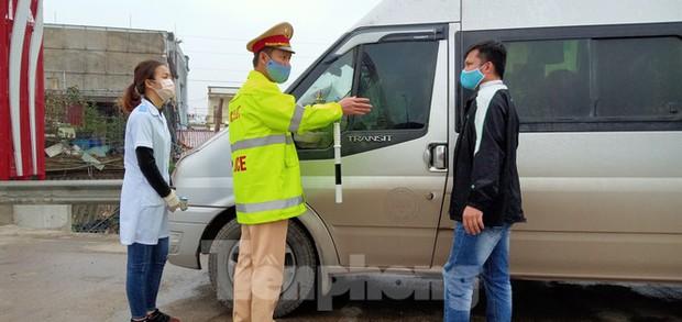 Truy vết người tiếp xúc cặp vợ chồng Thái Bình đi chúc tết bệnh nhân COVID-19 ở Hải Dương - Ảnh 2.