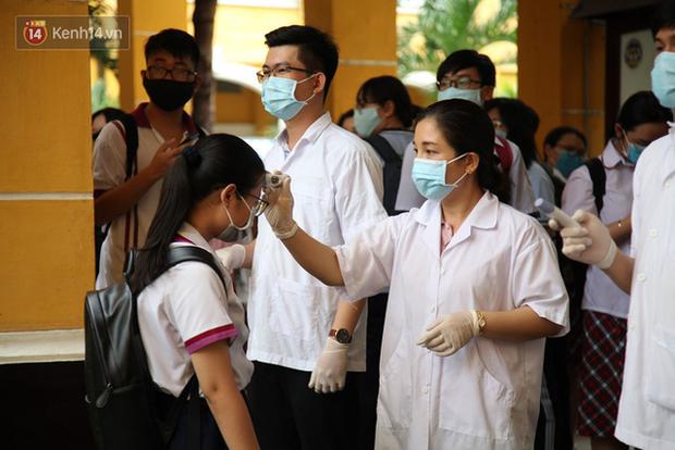 Sau một buổi sáng đến trường, Đồng Nai gửi thông báo khẩn cho học sinh nghỉ hết tháng 2 - Ảnh 1.