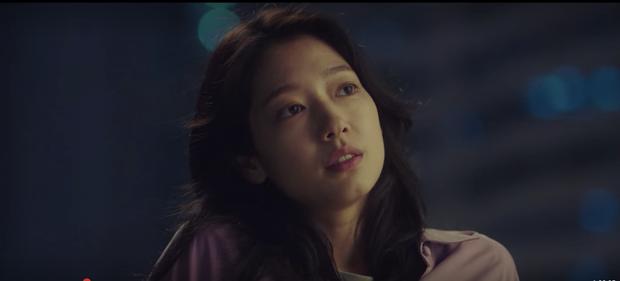 Sisyphus mở màn căng não: Park Shin Hye xuyên không từ hành tinh lạ, Jo Seung Woo lái máy bay cực ngầu - Ảnh 4.