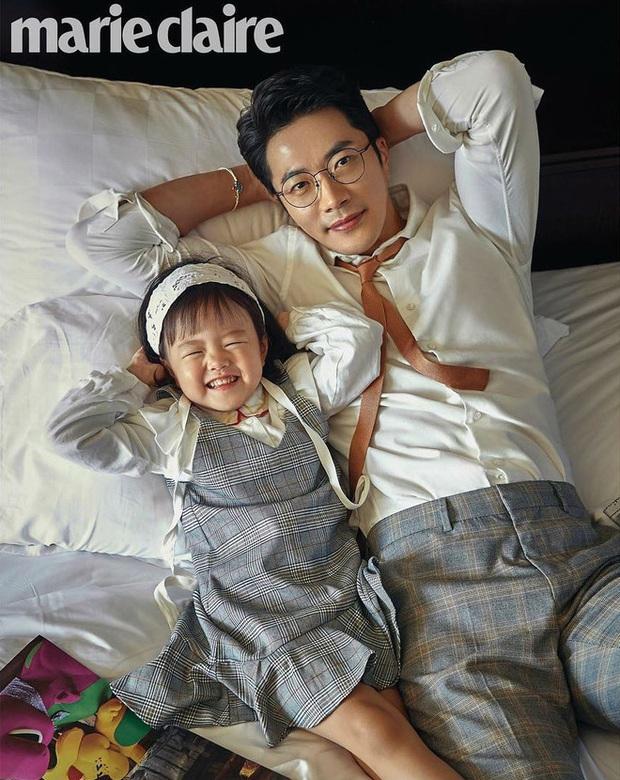 Bà xã Á hậu của Kwon Sang Woo khoe ảnh body thon gọn, quý tử đầu lòng lại chiếm spotlight vì cao lớn ngỡ ngàng - Ảnh 6.