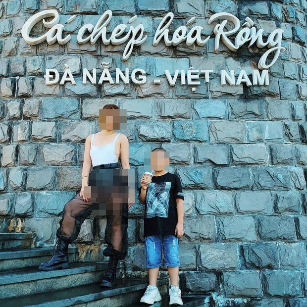 Cô gái mặc đồ xuyên thấu, tạo dáng chụp ảnh phản cảm tại di tích ở Hội An, Đà Nẵng - Ảnh 4.