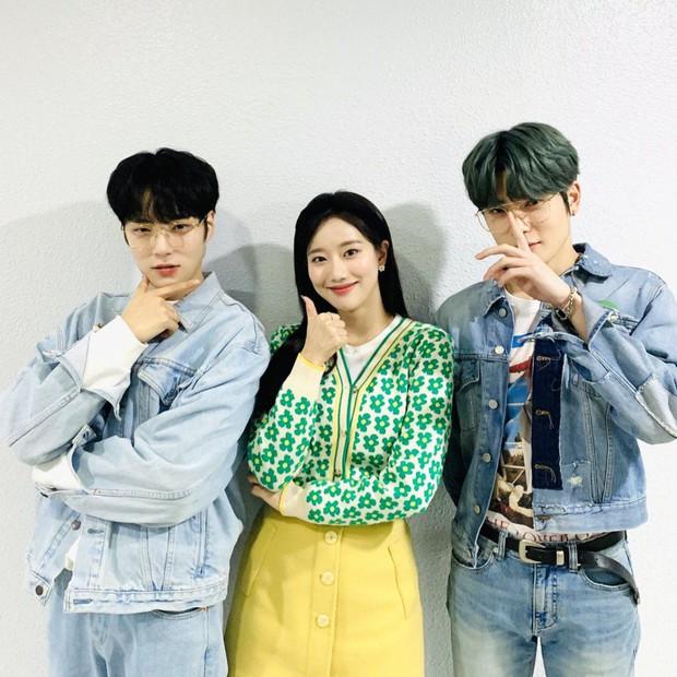 Bộ 3 MC rời show Inkigayo khiến PD tiếc nuối nhất 20 năm qua: Tổ hợp visual ngây ngất lòng người, tạo ra xu hướng độc đáo - Ảnh 10.