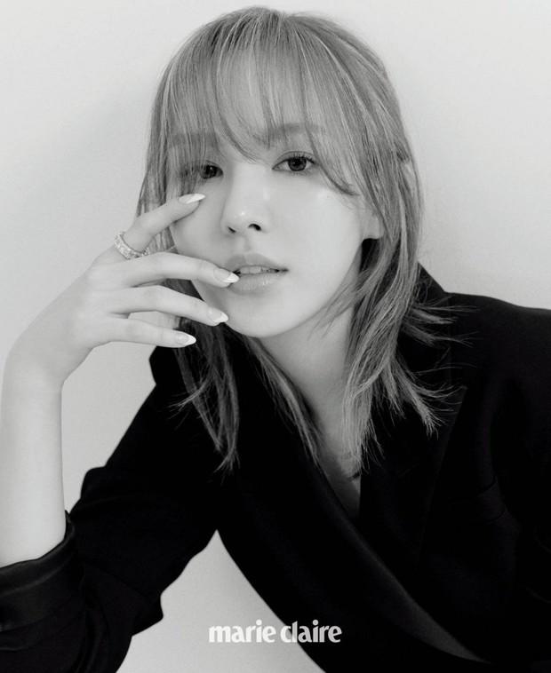 """Wendy (Red Velvet) """"đại náo"""" tạp chí sau 1 năm gặp tai nạn kinh hoàng ở SBS Gayo: Mặt biến dạng, nhưng visual vẫn gây bão MXH - Ảnh 5."""