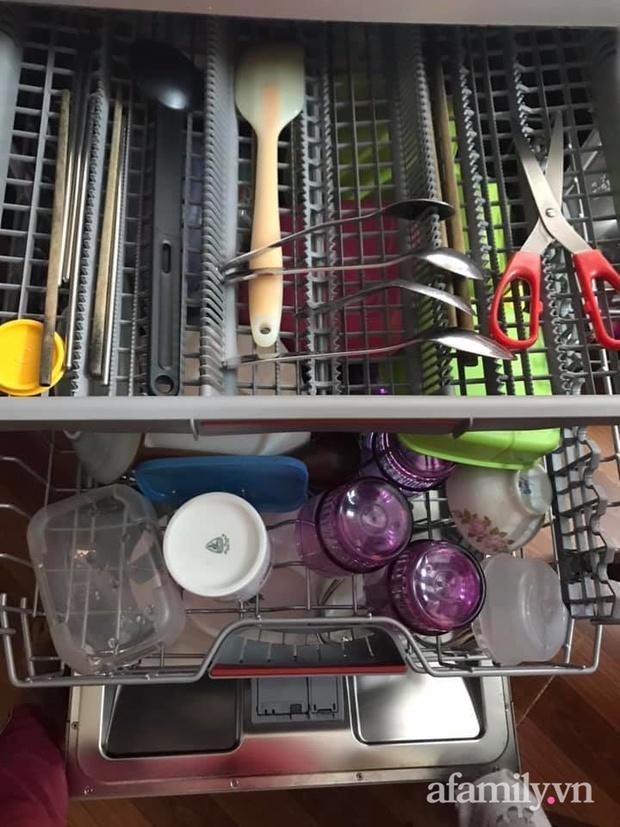 Mẹ đảm 3 con chia sẻ kinh nghiệm dùng máy rửa bát Bosch: Bát đĩa cứ sạch bong mà không tốn nhiều sức - Ảnh 5.