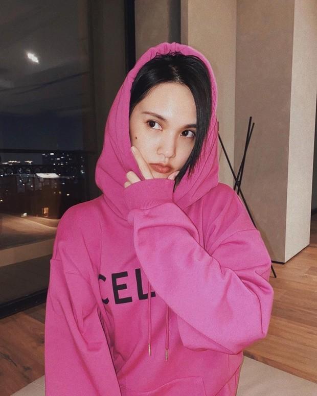 Ngoài Ngu Thư Hân, Dương Thừa Lâm cũng vướng nghi án diện áo hoodie y hệt Lisa - Ảnh 4.