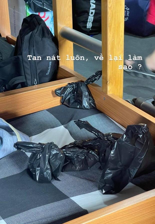 """Coi H'Hen Niê đi tàu thuỷ mà cười mếu: Lúc trước đang hào hứng kể chuyện, lúc sau """"ói mửa"""" túi lớn túi nhỏ - Ảnh 3."""