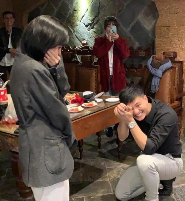 """1 nam diễn viên bị tố dùng nhẫn cầu hôn rồi """"lật kèo"""" đòi hoàn tiền 100%, Huỳnh Anh bị netizen réo gọi vì loạt chi tiết trùng hợp - Ảnh 5."""