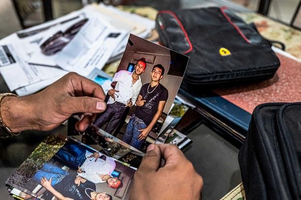 Màn trả thù đỉnh cao của người mẹ: Nguỵ trang, theo dõi suốt 3 năm để tóm gọn băng đảng 20 kẻ bắt cóc và giết hại con gái mình - Ảnh 3.