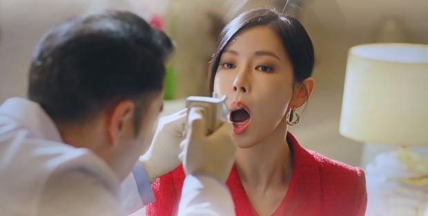 Preview Penthouse tập 2: Seo Jin sôi máu nhìn chồng cũ tình tứ bên Yoon Hee, ghen vậy là kì nha chị ơi! - Ảnh 8.