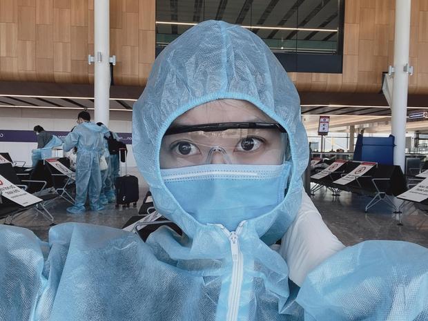 Nàng WAG Việt giàu sụ bất ngờ nhận tin nhắn nằm trong nhóm ưu tiên, được tiêm vaccine Covid-19 lượt đầu tiên ở Anh - Ảnh 4.