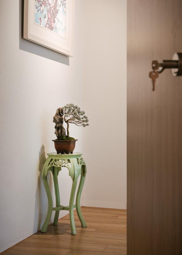 Ngôi nhà được cải tạo theo phong cách Viên lâm Á Đông: Ít đồ đạc, ít trang trí và ít màu sắc, sáng thoáng đặt làm đầu - Ảnh 13.