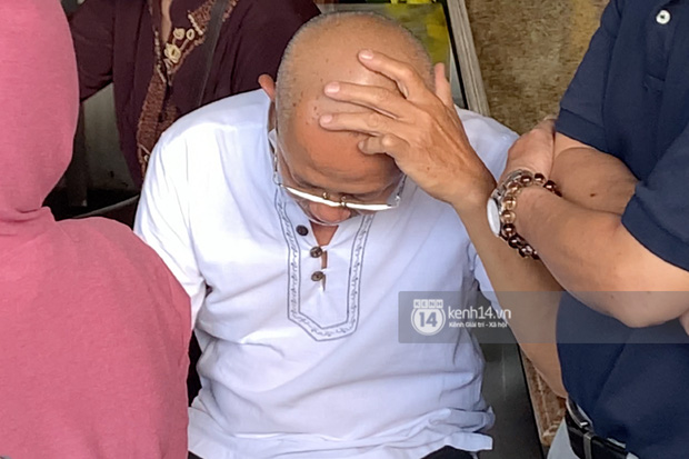 Lễ an táng diễn viên Hải Đăng: Vợ sắp cưới suy sụp ôm di ảnh, người thân khóc nghẹn tiễn đưa - Ảnh 23.
