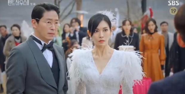 Penthouse 2 mở màn đỉnh cao: Seo Jin lăn giường với chồng cũ, bạo lực dồn dập xứng danh 19+ - Ảnh 14.