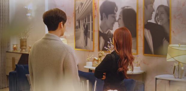 Preview Penthouse tập 2: Seo Jin sôi máu nhìn chồng cũ tình tứ bên Yoon Hee, ghen vậy là kì nha chị ơi! - Ảnh 3.