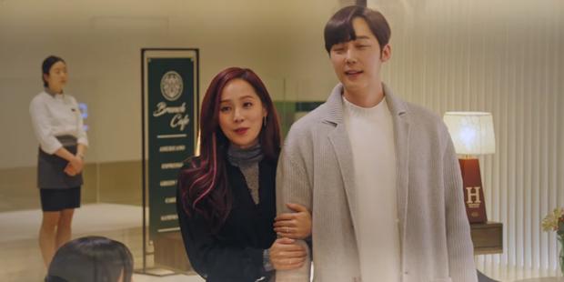 Preview Penthouse tập 2: Seo Jin sôi máu nhìn chồng cũ tình tứ bên Yoon Hee, ghen vậy là kì nha chị ơi! - Ảnh 4.