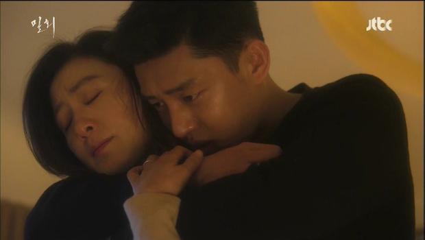 5 chuyện tình trai trẻ lái gái già nức tiếng phim châu Á: Hot nhất là Lee Ji Ah và đại gia Penthouse còn gì! - Ảnh 17.