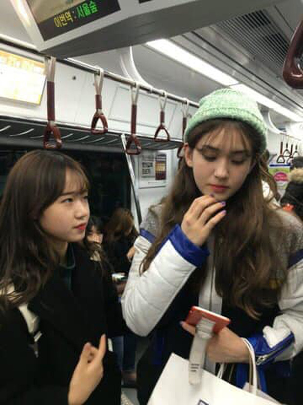"""Nhan sắc thật của dàn mỹ nhân Hàn Quốc qua loạt ảnh chụp vội bởi team qua đường: Lisa liệu có xứng với danh xưng """"mỹ nhân đẹp nhất châu Á"""" - Ảnh 9."""