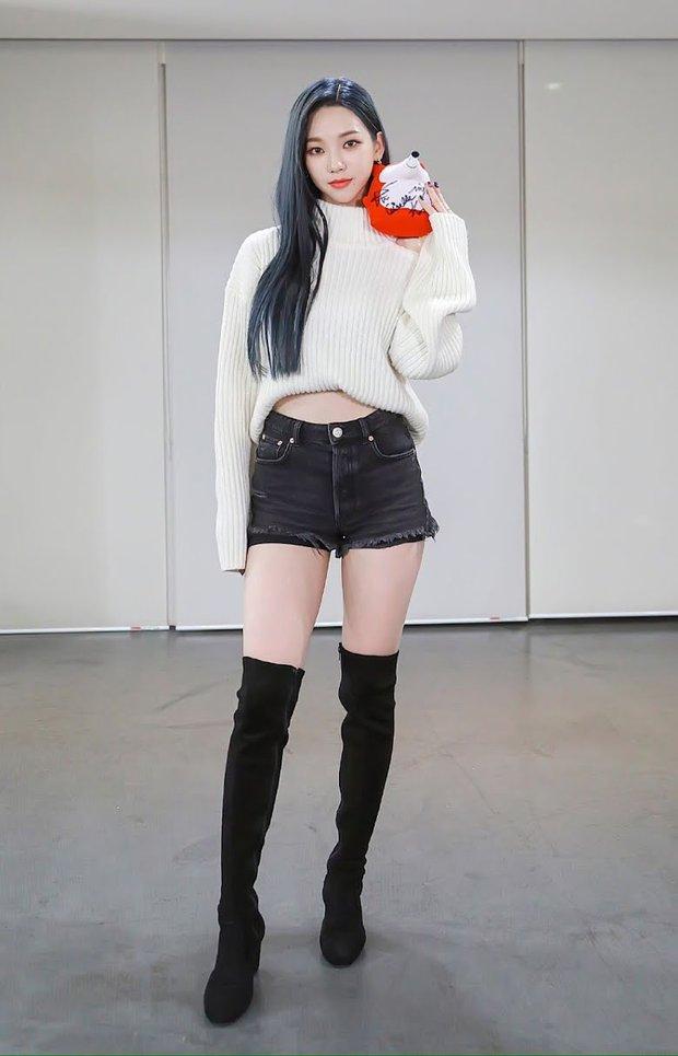 5 nữ idol hiếm hoi có đủ combo mặt đẹp - body đỉnh nhất Kpop: Yoona - Jisoo là huyền thoại, tân binh aespa gây tranh cãi - Ảnh 25.