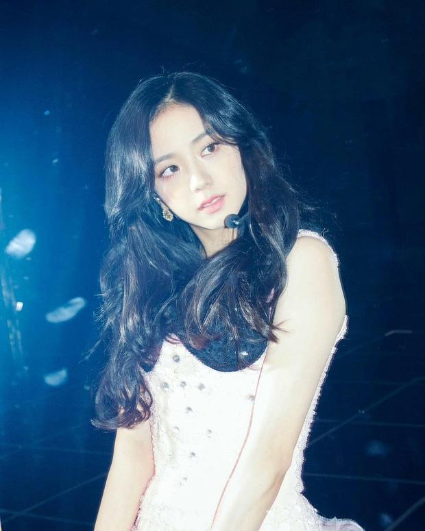 Knet chọn visual đại diện cho các nhóm nhạc thế hệ 3-4: BLACKPINK và BTS gây tranh cãi dữ dội, toàn các gương mặt đẹp nhất thế giới - Ảnh 19.