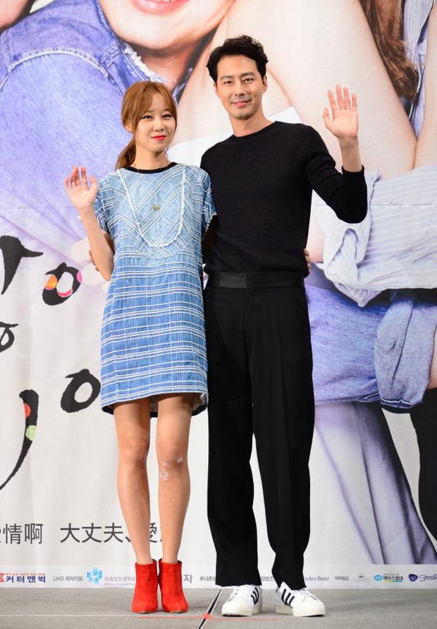 Hội bạn thân mỹ nhân toàn minh tinh thị phi của Son Ye Jin: Người bị chồng cắm sừng, 2 người đẹp bị nghi là trà xanh - Ảnh 11.