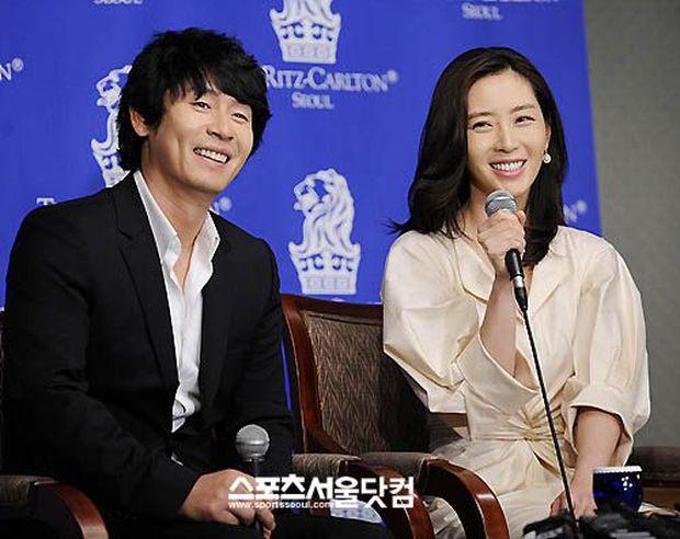 Hội bạn thân mỹ nhân toàn minh tinh thị phi của Son Ye Jin: Người bị chồng cắm sừng, 2 người đẹp bị nghi là trà xanh - Ảnh 13.