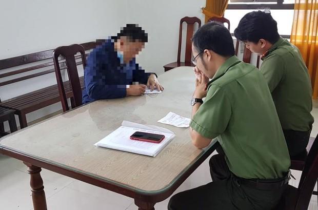 Đăng clip xúc phạm công an phường, đôi nam nữ ở Đà Nẵng bị phạt 15 triệu đồng - Ảnh 2.