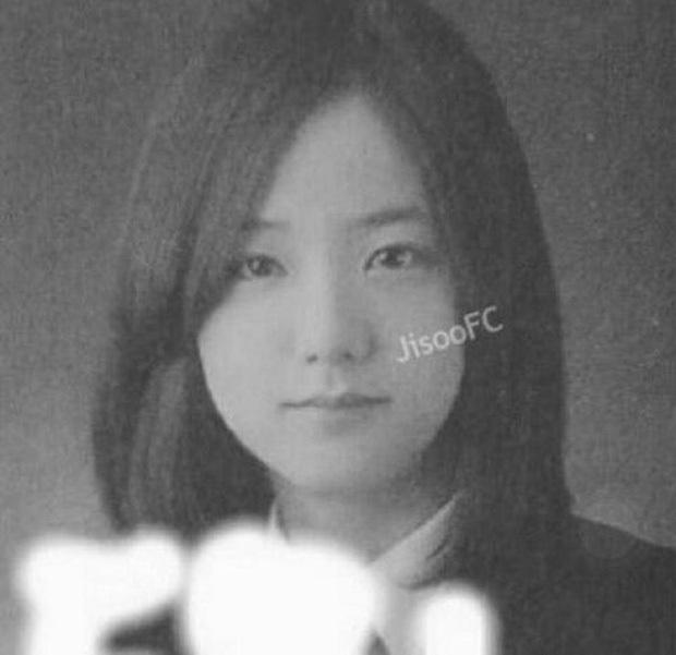 Rần rần ảnh Jisoo (BLACKPINK) trước khi debut: Đóng quảng cáo thôi đã được dự đoán là nữ thần, còn gây sốt bên Lee Min Ho - Ảnh 5.