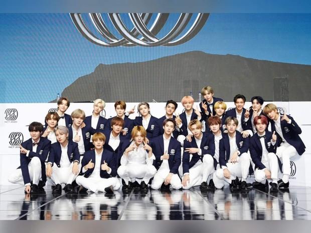 30 nhóm nhạc hot nhất Kpop: BTS - BLACKPINK so kè No.1 khốc liệt, EXO tụt dốc đến mức hụt hơi hẳn so với loạt đàn em - Ảnh 4.